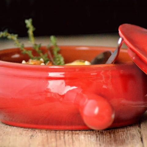 Smuk lertøjsgryde med hank og låg | Rød eller cremefarve