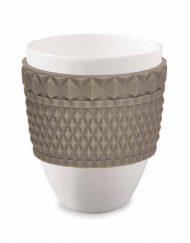 Stort kaffekrus i porcelæn med brun silikone